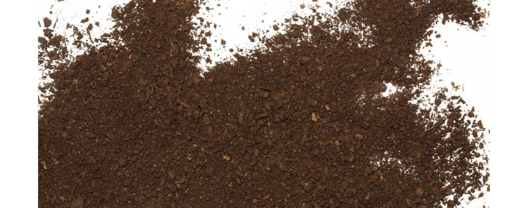 Dirt from soil is often used in fake fulvic acid.